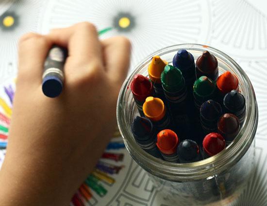 kids ND ART - 10 مورد از مهارت هایی که کودکان می توانند از هنر بیاموزند