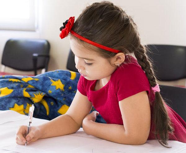 kids art - 10 مورد از مهارت هایی که کودکان می توانند از هنر بیاموزند