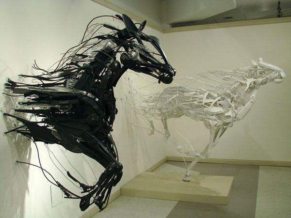 mojasamesazi ba zayeat - مجسمه سازی با ضایعات