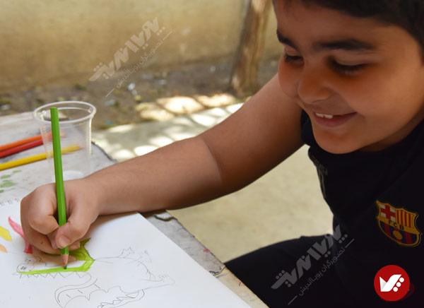 painting 4 - 10 مورد از مهارت هایی که کودکان می توانند از هنر بیاموزند