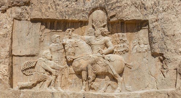 Naghshe rostam 1 - تاریخچه نقش برجسته در ایران
