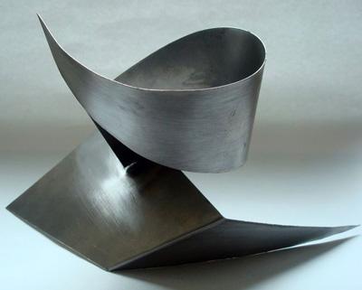 metal sculpture 1 1 - مجسمه سازی با فلز
