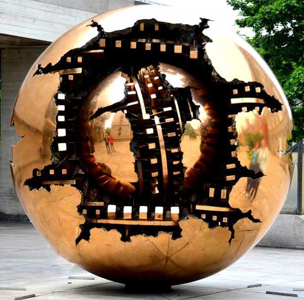 moedrn statue - مجسمه سازی مدرن