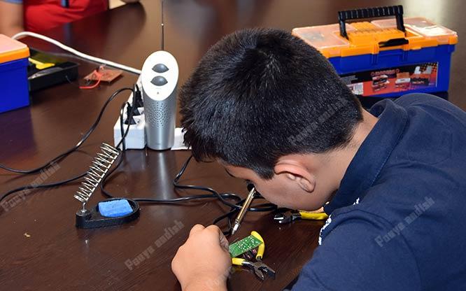 robatic 1 1 - آموزش رباتیک برای کودکان و نوجوانان