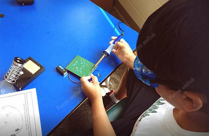 robatic 1 5 - آموزش رباتیک برای کودکان و نوجوانان