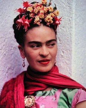 Frida Kahlo 1 297x375 - آموزش نقاشی سورئالیسم