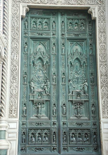 bronze door relief - تاریخچه نقش برجسته در جهان