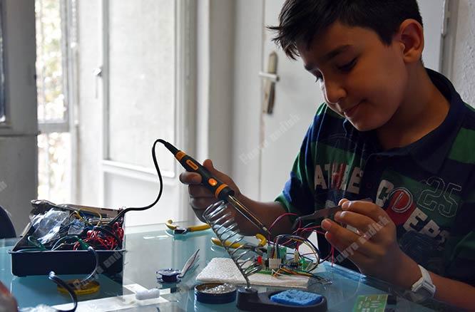 robatic class - آموزش رباتیک برای کودکان و نوجوانان