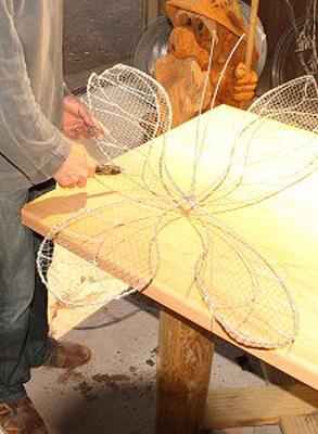 wired sculpture 18 - نحوهی ساخت مجسمههای سیمی