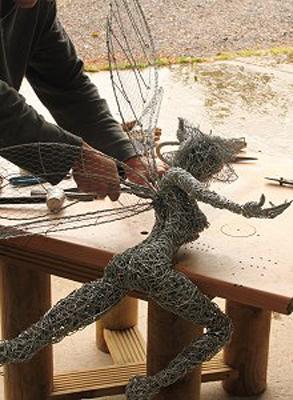 wired sculpture 19 - نحوهی ساخت مجسمههای سیمی