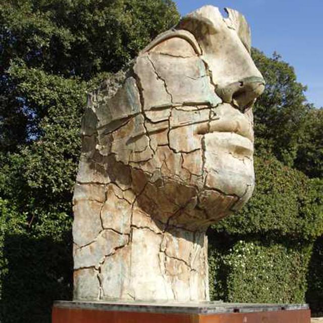 igor mitoraj sculpture - عناصر بصری در هنرهای تجسمی