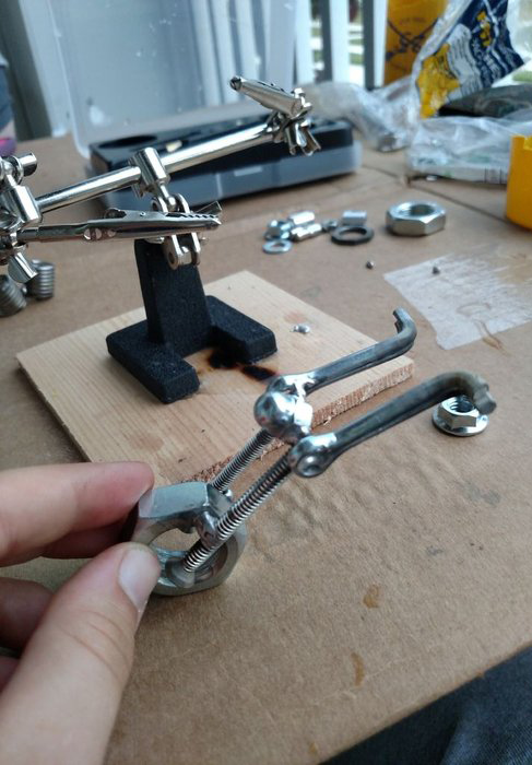 material - آموزش ساخت مجسمه فلزی دکوری موتور