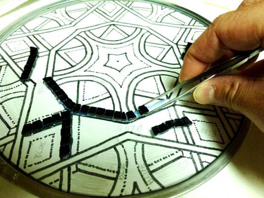mosaic art glue - آشنایی با مقدمات هنر معرق کاشي
