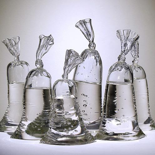 bag of water - مجسمه های شیشه ای – شیشه سازی و آثار شیشه ای
